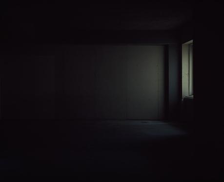 7_dark-room