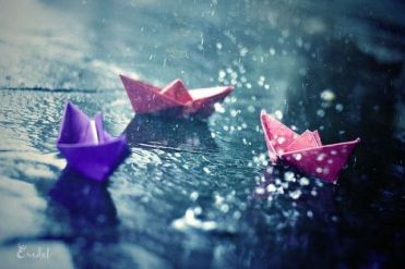 wpid-photos-in-the-rain-paper-boats11